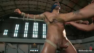 Edging Robert Axel