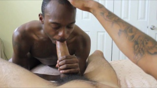 Maintenance man fuck black guy's ass