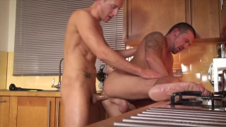 Kingsley Rippon toys Marco Sessions' hole