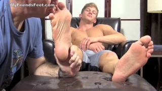 Mike's size 13 feet worshiped