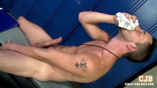 Isaac Hardy jacking off at circle jerk boys