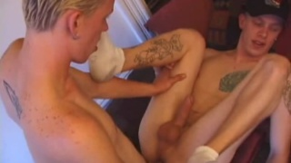Super Twinks 2 - Roar and Shane