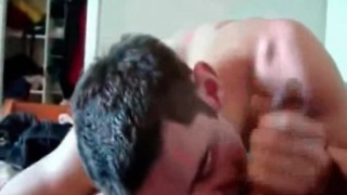 amateur guy sucking dick