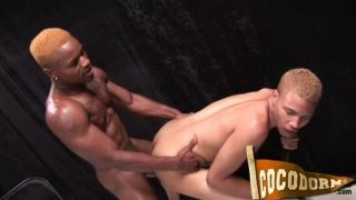 black studs fuck after morning run