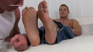 Alec's Size 11 Feet Worshiped