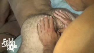 Felching an hungry hole
