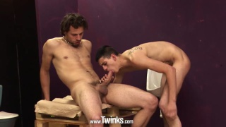 horny twink bottom takes a long dong up his ass