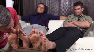 Cole Money and Kenny Kick Back To Get Foot Worshiped