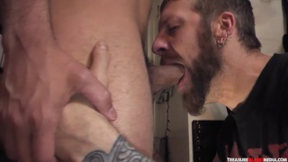 bearded cocksucker blows dylan strokes