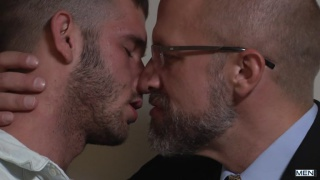 daddy hunt starring Dirk Caber & Jimmy Fanz