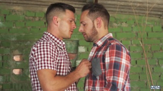 escaping england starring Aitor Bravo & Paddy O'Brian