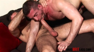 Scott Hunter services Craig Daniel and his big dick
