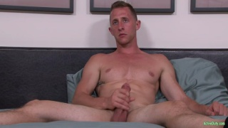 lean soldier Alex jacks his dick