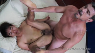 Daddy and cute asian boy Dave Bareback fuck