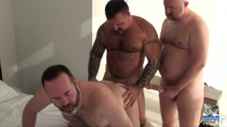 muscle bear marc angelo fucks real-life lovers