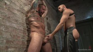Hugh Hunter gets trained by Jessie Colter