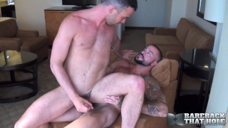 Sean Duran bare fucks Alex Mason