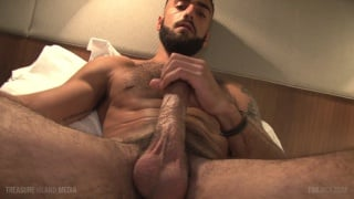 handsome bearded stud alex Camp unloads his nuts