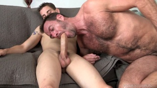guarda il video: Sam Truitt bottoms for Anthony London