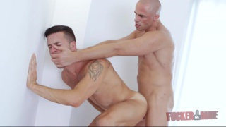 Diego Summers fucks Andy Star