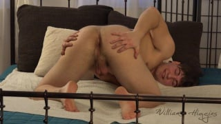sexy czech guy DAVID PILAR jerks off