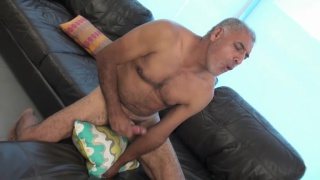 grey-haired daddy Amarko jerks off