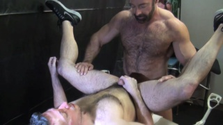 Brad Kalvo gets serviced by shay michaels