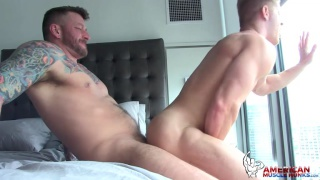 Hugh Hunter fucks Johnny V
