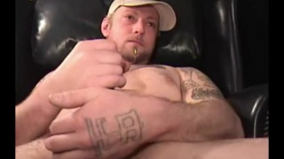 landscaper jerks his cock in first JO video