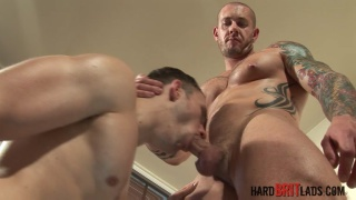 inked bodybuilder Harley Everett fucks Jack Jefferson