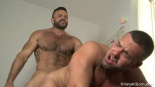 Rogan Richards bare fucks Gabriel Lunna