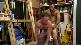 guarda il video: Maintenance Fuckers with Alessio Romero and Saxon West