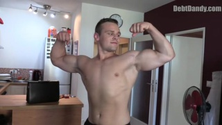 muscle stud has a gambling problem and needs help