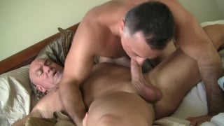 Giovanni Rossi sucks Leo James' cock