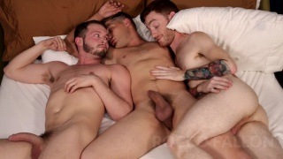 Bridger Watts fucks Asher Devin & Seamus O'Rilley
