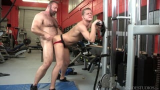 guarda il video: Brad Kalvo fucks Ian Levine