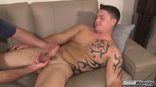 beefy straight hunk gets a surprise handjob