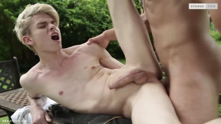 Luke Volta drills blond guy Titus Snow