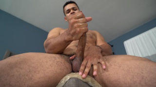 personal trainer israel makes his first porno