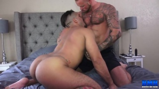 Michael Roman gets Trey Turner to sit on his cock