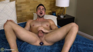 Mason Lear cums with a butt plug in his hole