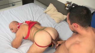 daddy fucks his bald boy's beefy ass
