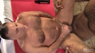 masseur Alecto Vice gives Giovanni Rossi a happy-ending massage