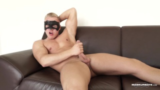 blond guy dons a masks & jacks off in his audition