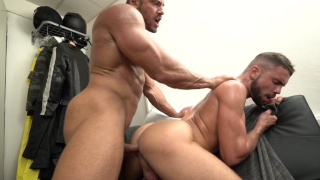 Tomm black bare fucks Jeffrey Lloyd