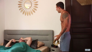 guarda il video: Alarm Cock with Vadim Black & Tobias