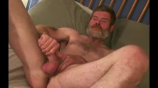 48-year-old construction worker jerks his cock