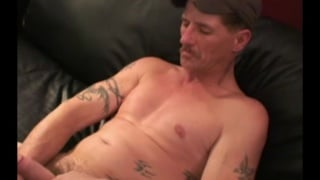 redneck likes eating pussy while getting fucked in the ass