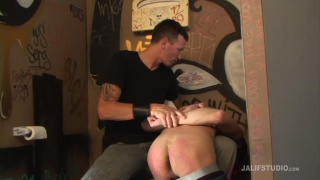 DILF Derrick Paul spanks twink Kit Deschanel