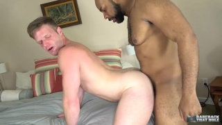 Brian Bonds bottoms bareback for Ray Diesel